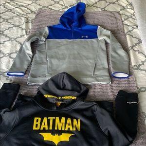 Under Armour sweatshirts both size youth x-large